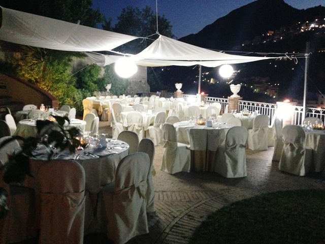 Ricevimento Serale esterno giardino Hotel Vietri Coast