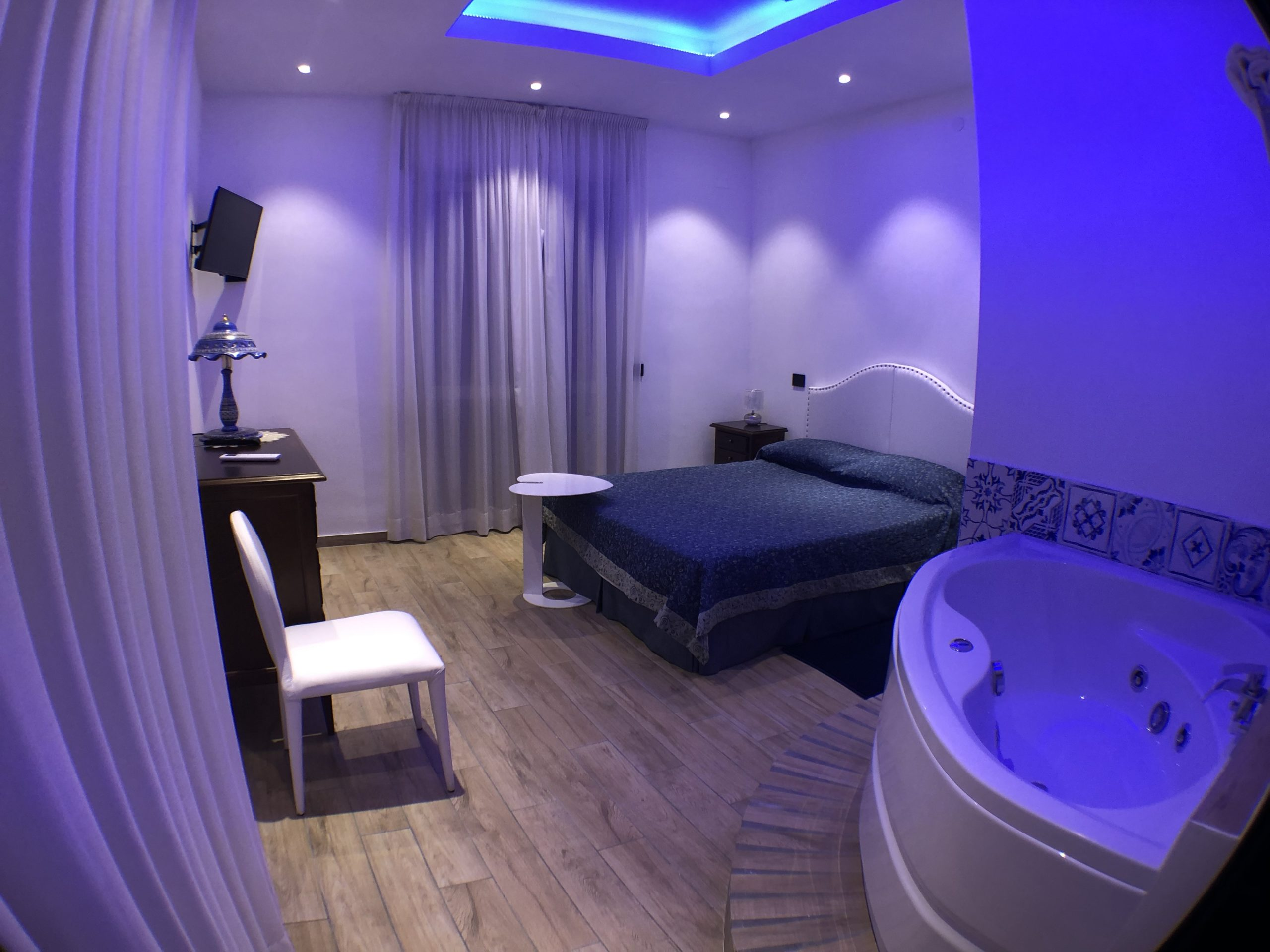 Suite Hotel Vietri Coast
